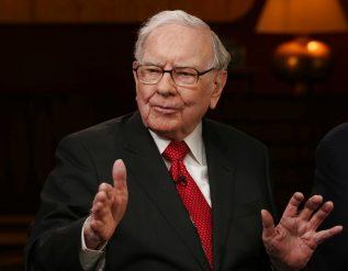 warren-buffett-says-never-bet-against-america-in-letter-trumpeting-berkshires-u-s-based-assets