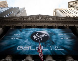 virgin-galactic-spce-falls-after-test-delays-push-back-tourism-service