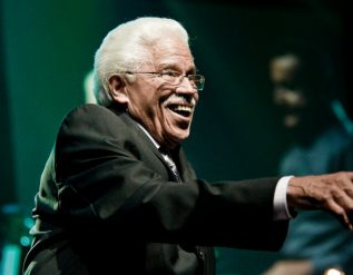 johnny-pacheco-who-helped-bring-salsa-to-the-world-dies-at-85