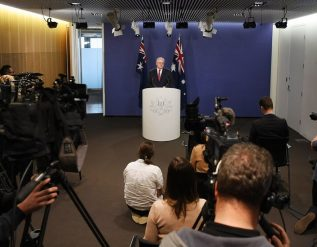google-is-suddenly-paying-for-news-in-australia-what-about-everywhere-else