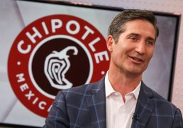 chipotle-will-link-executive-compensation-to-environmental-and-diversity-goals