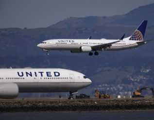 united-airlines-buys-25-more-boeing-737-max-jets-in-vote-of-confidence