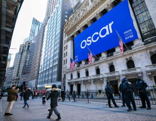 oscr-starts-trading-on-nyse
