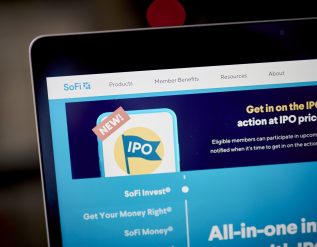 sofi-to-give-amateur-investors-early-access-to-ipos-in-break-from-wall-street-tradition