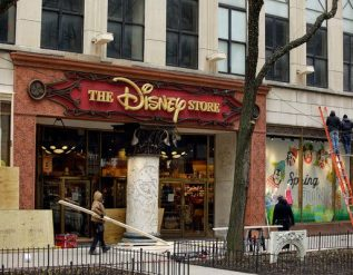 disney-will-close-30-percent-of-its-stores-in-north-america-live-updates