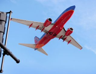 southwest-airlines-luv-and-american-airlines-aal-earnings-q1-2021