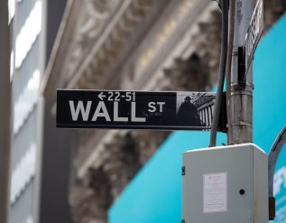 stock-futures-flat-after-dow-sp-500-hit-fresh-records