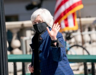 yellen-outlines-financial-reforms-restart-of-hedge-fund-group
