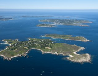 archipelago-to-explore-potential-of-wave-tidal-floating-wind-power