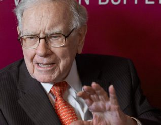warren-buffett-opposes-climate-and-diversity-proposals-for-berkshire