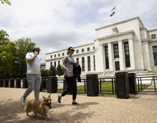 fed-warns-of-possible-significant-declines-in-stocks-as-valuations-rise
