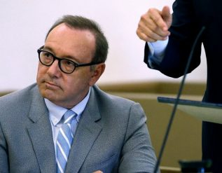 a-kevin-spacey-accuser-tried-to-sue-anonymously-a-judge-said-no