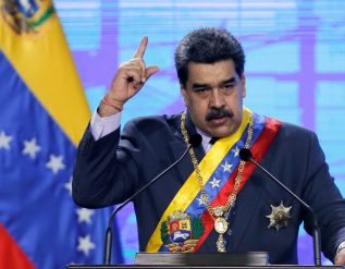 venezuela-releases-6-u-s-oil-executives-to-house-arrest