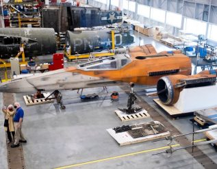 smithsonian-will-display-star-wars-x-wing-fighter