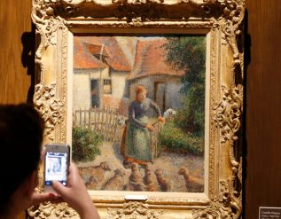 french-heir-gives-pissarro-stolen-by-the-nazis-to-university-of-oklahoma