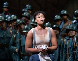 south-african-opera-star-says-she-was-mistreated-by-french-police