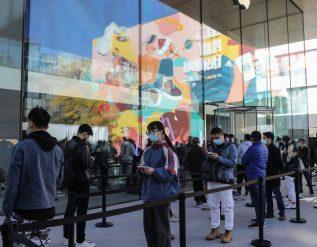apple-surpasses-100-billion-in-quarterly-sales