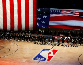 dallas-mavericks-bring-back-national-anthem-after-nba-policy-order
