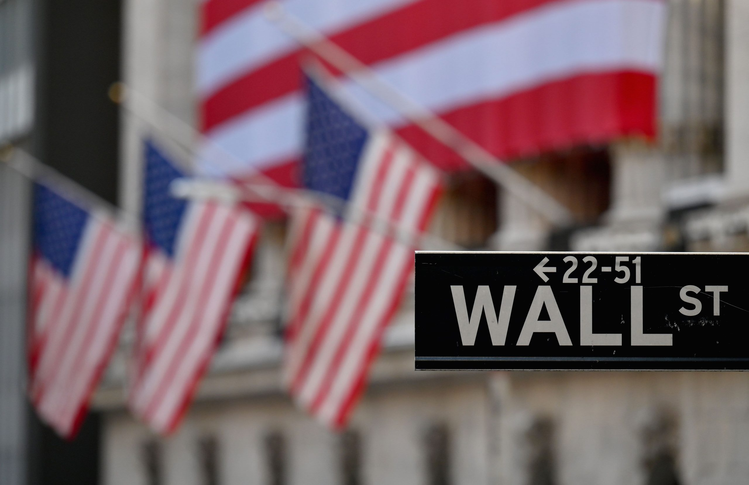 cramer-on-buying-growth-stocks-after-inflation-scare-shakes-up-market