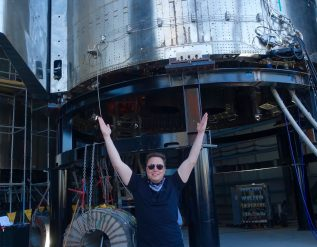 elon-musks-spacex-raised-850-million-at-419-99-a-share