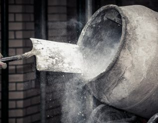 cement-giants-turn-to-green-hydrogen-carbon-capture-to-curb-emissions