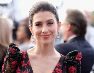 hilaria-baldwin-spanish-accent-controversy-explained