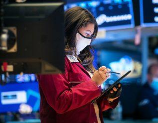 bullish-on-bank-and-industrial-stocks-soft-on-tech