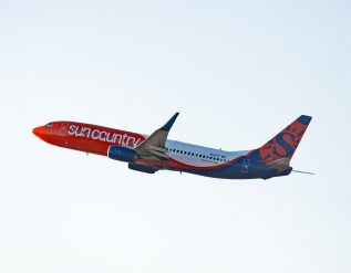 sun-country-airlines-raises-218-million-in-industrys-first-ipo-since-2018