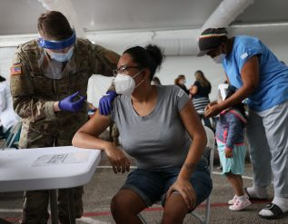 dentists-veterinarians-and-med-students-authorized-to-administer-shots-in-u-s