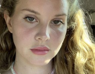 lana-del-rey-takes-a-road-trip-into-the-past