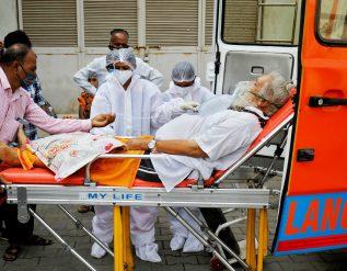 india-covid-crisis-death-toll-surpasses-200000