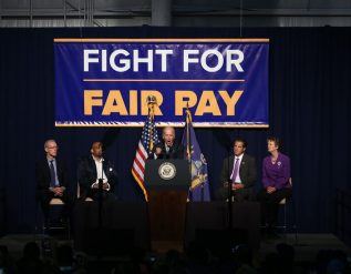 biden-to-order-a-15-minimum-wage-for-federal-contractors