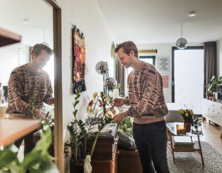 290-square-foot-amsterdam-studio-apartment-tour-photos