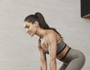 easy-low-impact-home-workout-kayla-itsines-designs-jump-free-workout