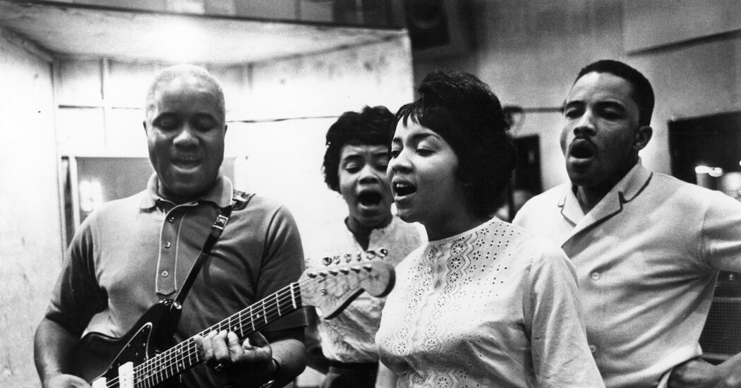 pervis-staples-who-harmonized-with-the-staple-singers-dies-at-85