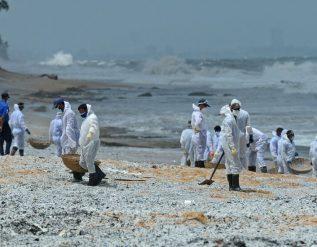 sri-lanka-facing-worst-marine-disaster-investigates-cargo-ship-fire