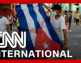 thousands-demand-freedom-in-cubas-largest-demonstration-in-decades